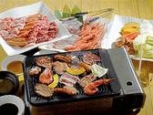 【焼肉バイキング】追加料金なしで国産牛焼肉と海鮮バーベキューが食べ放題!