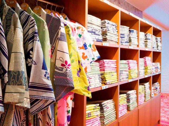 【浴衣コーナー】お好きな色・柄をお選びいただけます!