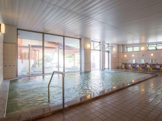 【大浴場】「日本三大美肌の湯」を自家源泉で満喫!