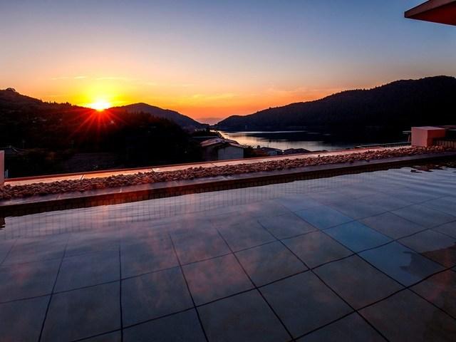 【展望露天風呂】雲仙の美しい風景を一望できます